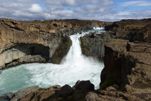 Aldeyjarfoss. Photo by Lea Rekow